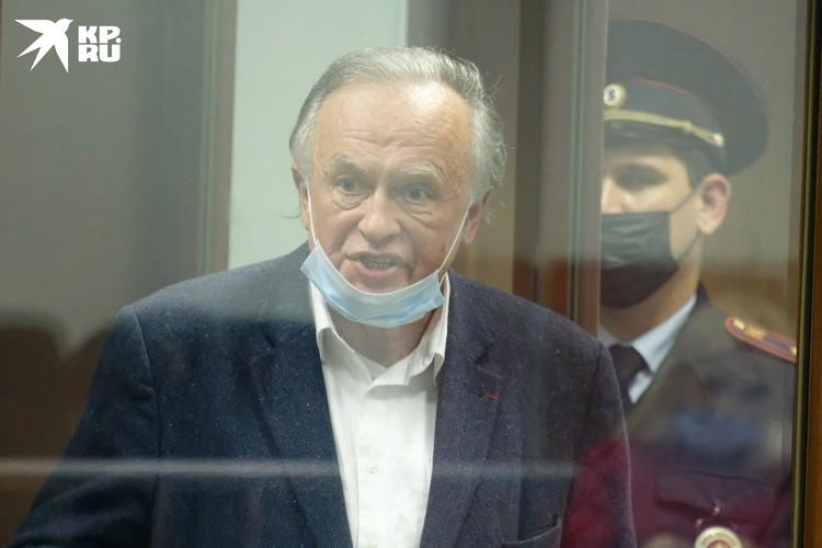 Соколов заявил, что некоторые его друзья попрятались