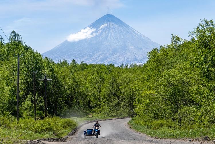 Ключевской считается - самым высоким действующим вулканом Евразии. Фото: Елена Верещака/ТАСС