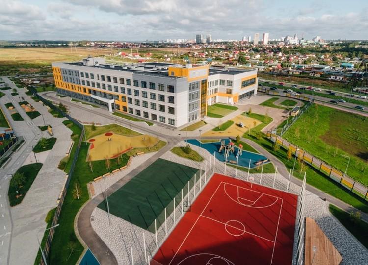 В рамках нацпроекта не только возводится жилье, но и происходит комплексное развитие территорий. Фото: minstroyrf