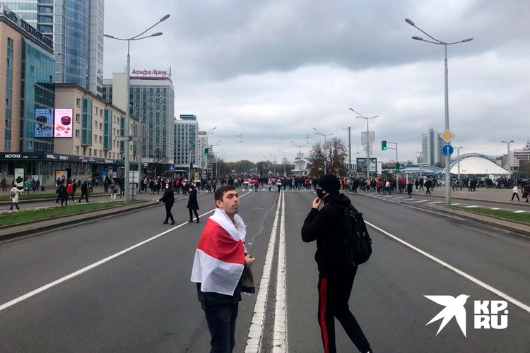 Часа за полтора до начала марша протеста в Минске просто отрубилось все. В первую очередь — транспорт и интернет.