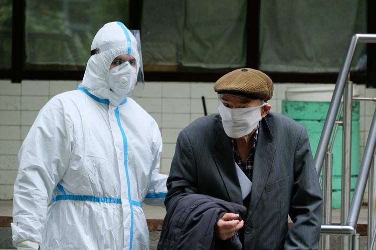 Заболеть коронавирусом может кто угодно.