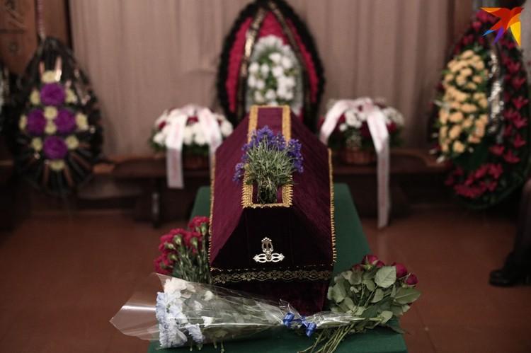 До этого белорусский классик был похоронен в Уральске, недалеко от места гибели