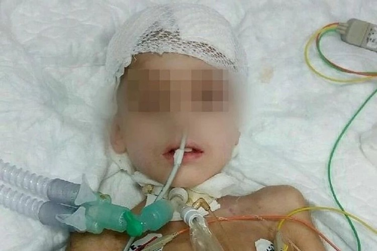 Егор во время лечения в больнице (Фото предоставлено родственниками)