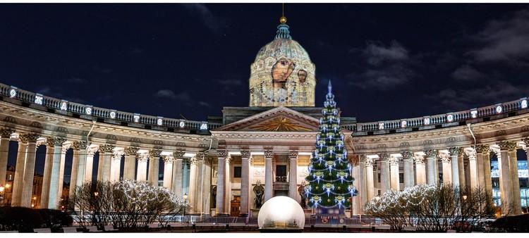 Казанский собор. Фото: Городской центр рекламы и праздничного оформления