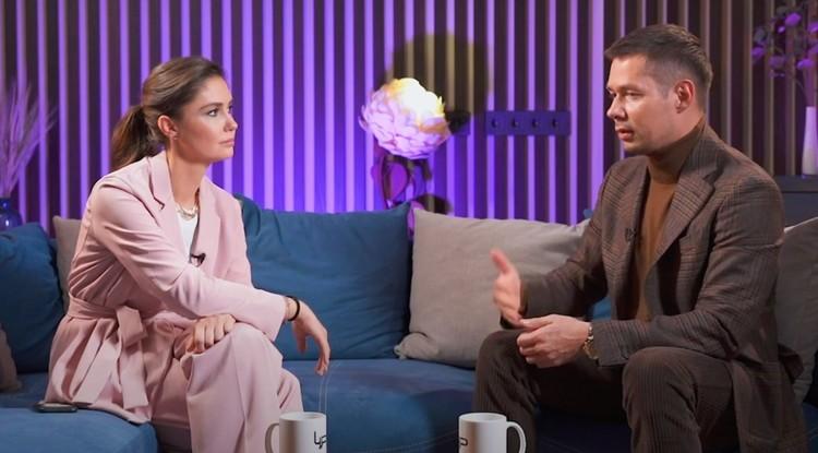 Стас Пьеха дал интервью Агате Муцениеце.