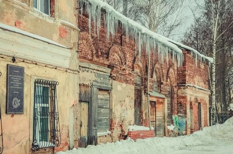 В реставрацию здания нужно вложить минимум 100 млн рублей