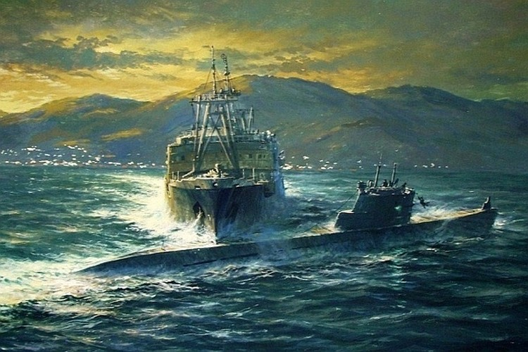 Репродукция картины А. Лубянова «Таран в заливе Петра Великого»