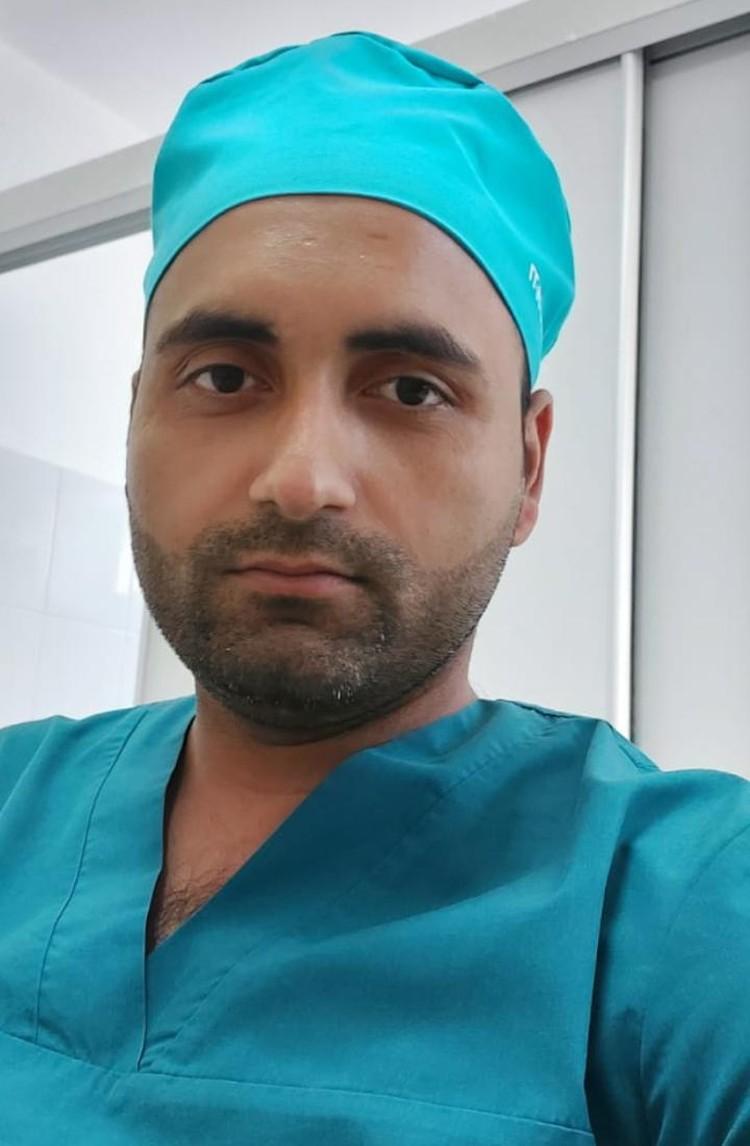 Алок больше 10 лет назад приехал в Дагестан из Индии. И решил остаться, чтобы помогать людям здесь, в России