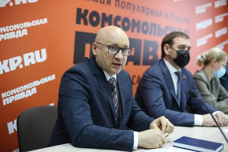 Вадим Воробей говорит, что за неделю стоимость лекарств от коронавируса снизилась.