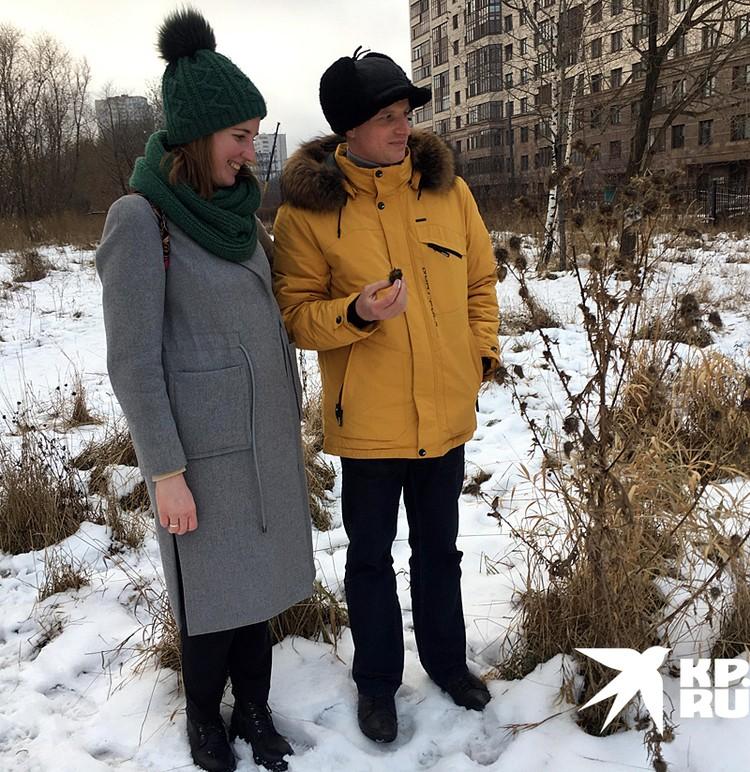 Координатор проекта «Заповедный луг» Надежда Кияткина и энтомолог Тимофей Левченко