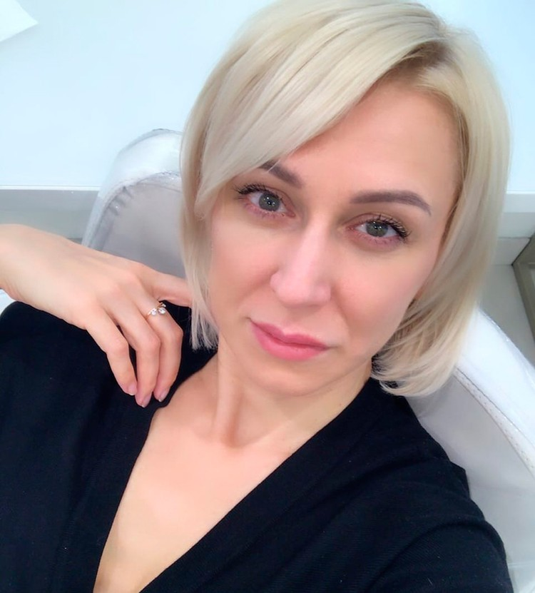 """Экс-супруга солиста """"Отпетые мошенники"""" Юлия Некрасова."""