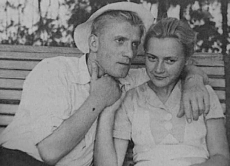Николай Крючков с Марией Пастуховой