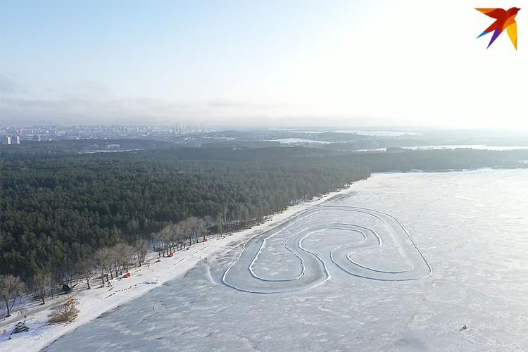 И еще один зимний вид с Минского моря.