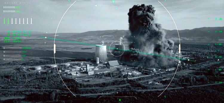 В конце фильма американцы просто долбанули с дрона по готовым к запуску межконтинентальным ракетам. Асбурдно, но красочно