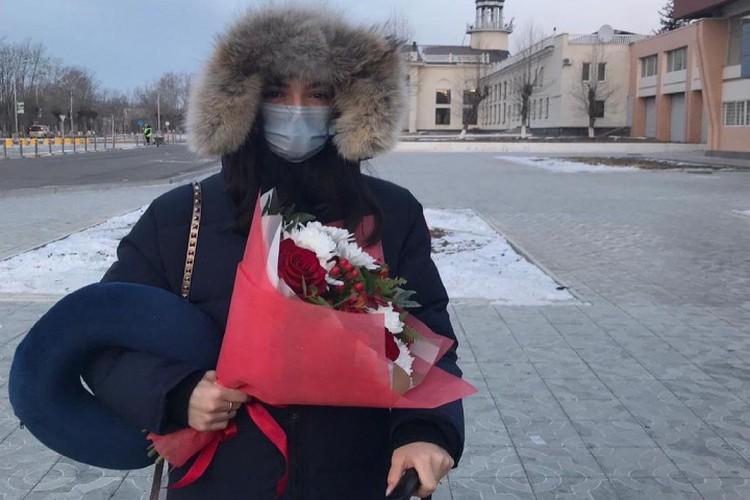Евгения Медведева после прилета в Читу. Фото: пресс-служба правительства Забайкалья
