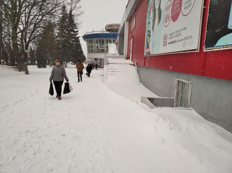 Тротуары в снегу