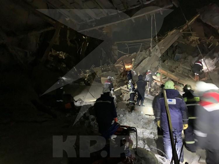 Сообщение о ЧП на территории Норильской обогатительной фабрики поступило на пульт дежурного в 00:44 по московскому времени.