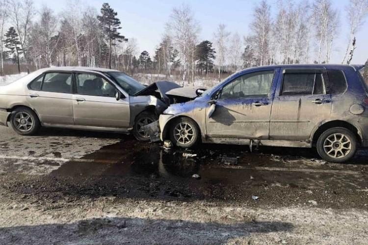 Смертельные ДТП в Иркутской области за 2020 год: столкнулись Ниссан и Мазда