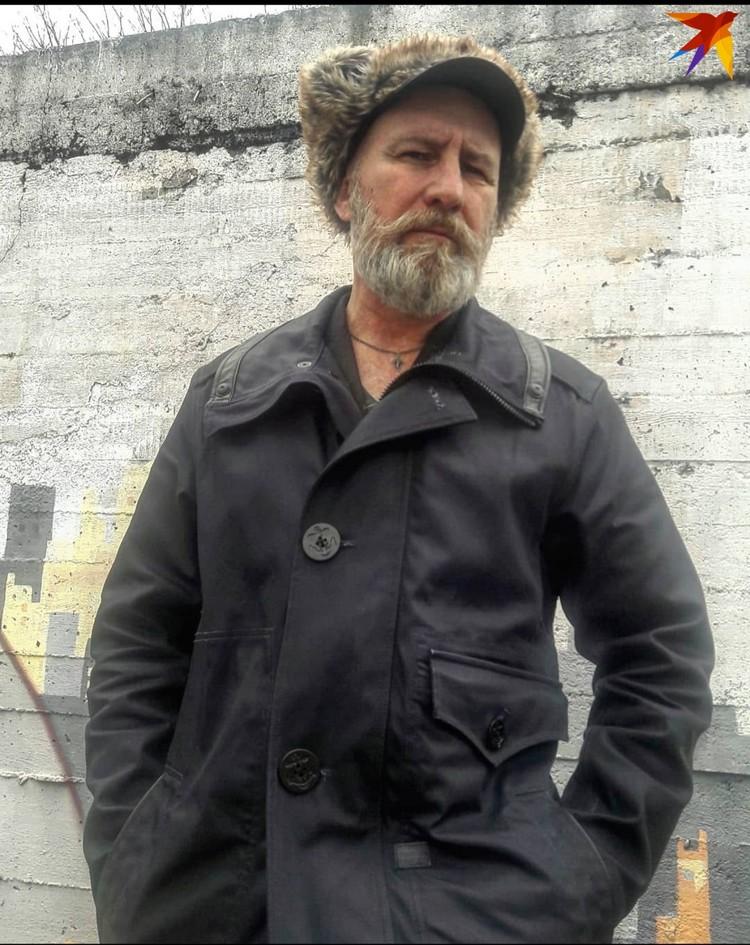 Шапку Diesel купил на «Поле чудес» в Ждановичах за 20 рублей. Фото: личный архив