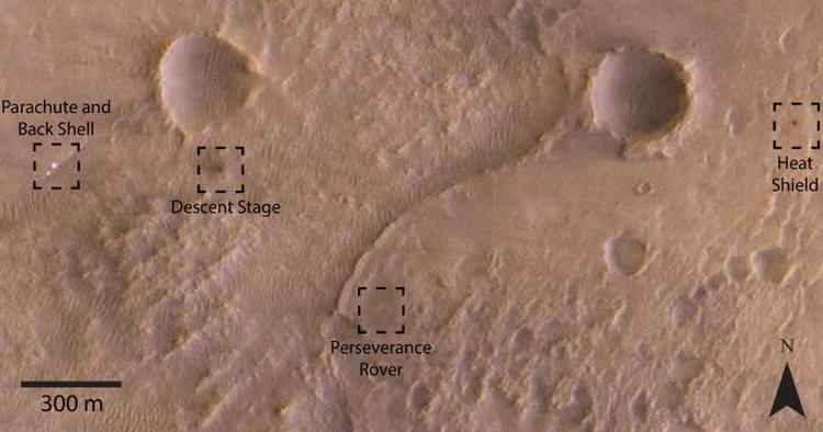 В кадр попало всё, что прибыло на Марс 18 февралея 2021 года.