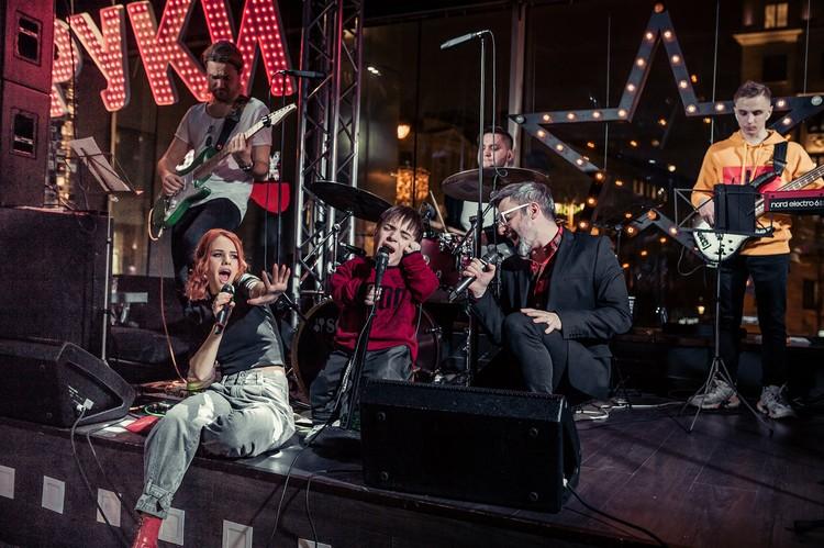 Выступает Даня и на различных концертах. Фото: архив Дани Плужникова