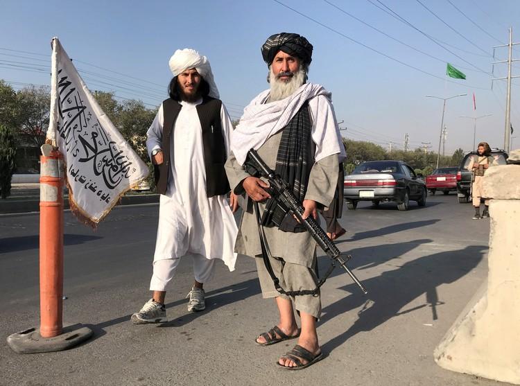 Новая афганская власть повсеместно вводит нормы ислама.