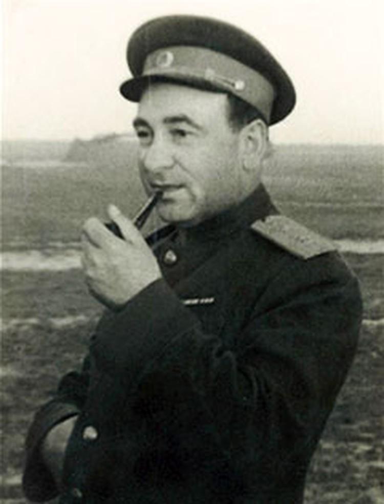 Первый секретарь ЦК Компартии Белоруссии Пантелеймон Пономаренко знал настоящую цену Кресту.