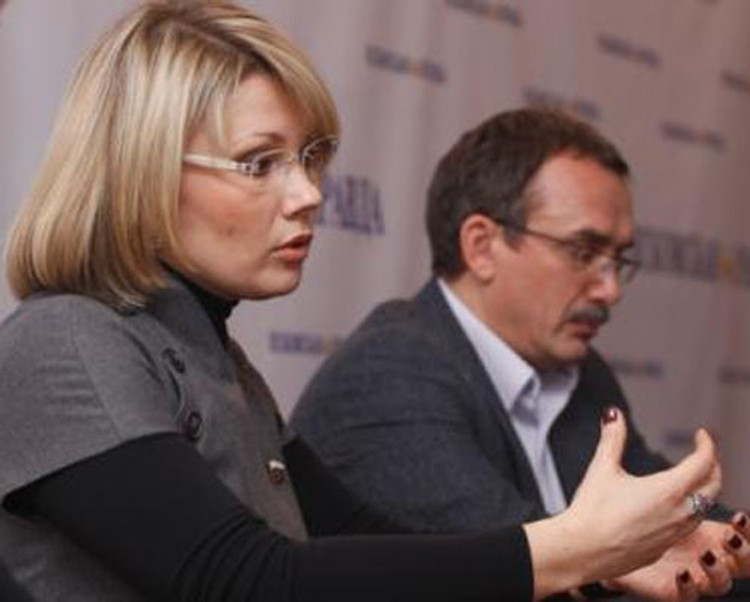 Екатерина Семенова и Андрей Ильницкий разъясняют новую реформу образования.