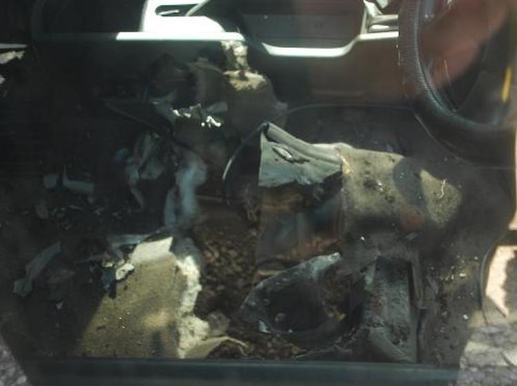 Внутренности машины серьезно разворотило взрывом