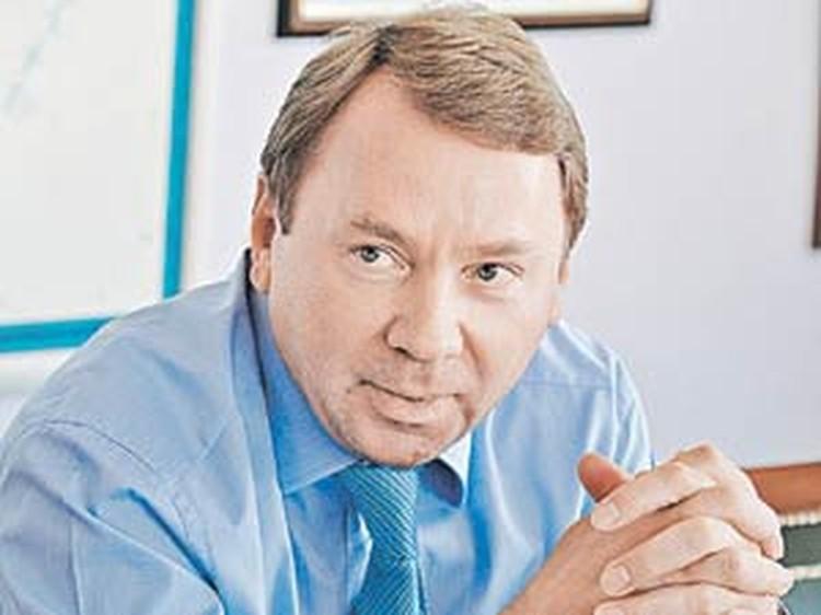 Владимир Кожин считает, что древний Кремль сегодня должен выглядеть как новенький.