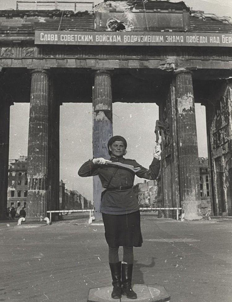 Мир называл Марию Лиманскую Бранденбургской мадонной.