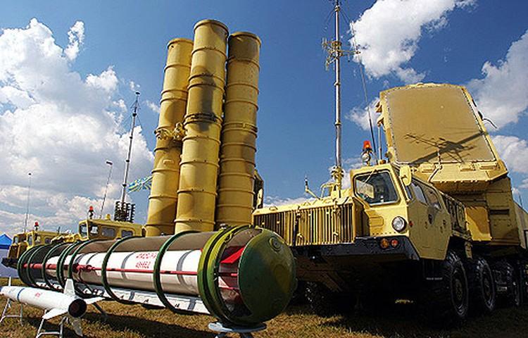 Системы С-300ПМУ2 «Фаворит» были закуплены для оборонных нужд Азербайджана.