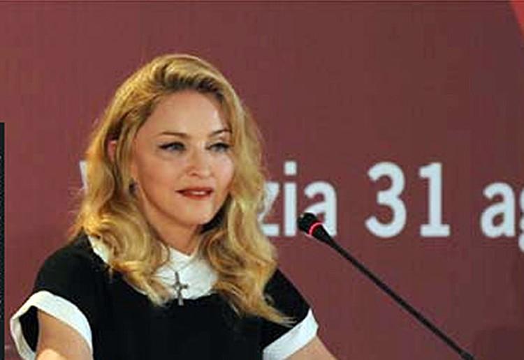 Суперзвезда представила в Венеции свою режиссерскую работу - фильм W.E