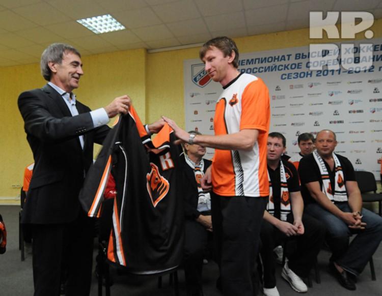 Капитаном команды в новом сезоне будет Василий Чистоклетов.