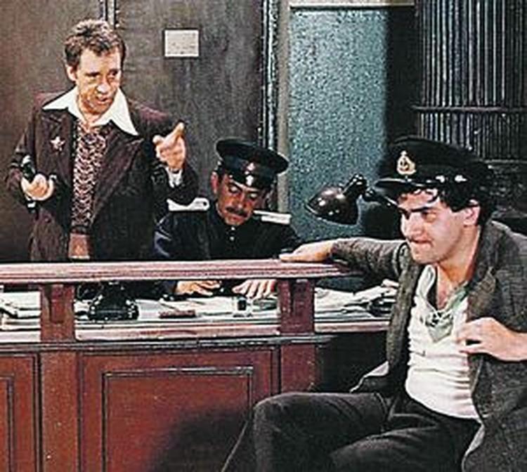 Глеб Жеглов: - Вор должен сидеть в тюрьме! Кадр из знаменитого говорухинского фильма «Место встречи изменить нельзя». Герой Владимира Высоцкого боролся не только с бандитизмом, но и воровством.