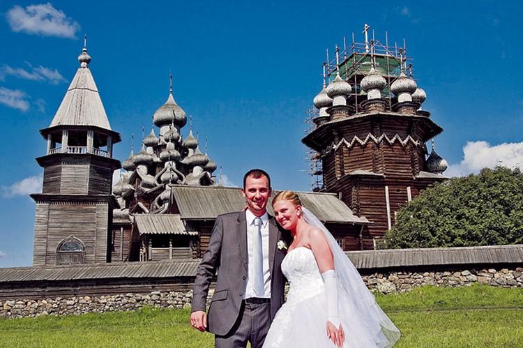 Александр Лаца с русской супругой переехал в Россию из Бордо и не скрывает, что сделал это из экономических