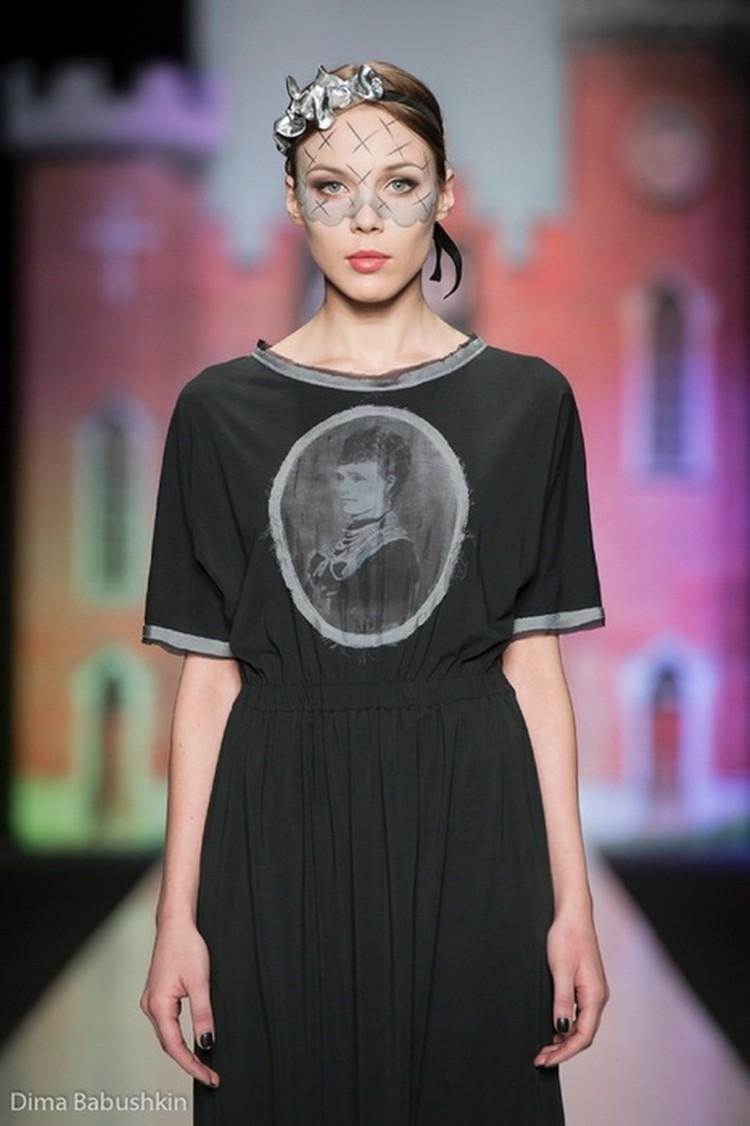 Платья новой коллекции Татьяны Сулиминой украшают портреты принцессы Ольденбургской.