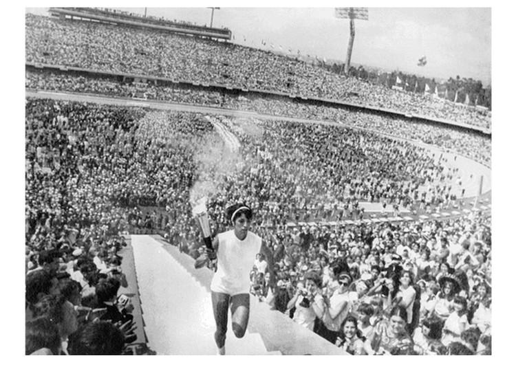 Церемония открытия Олимпийских игр «Мехико 1968».