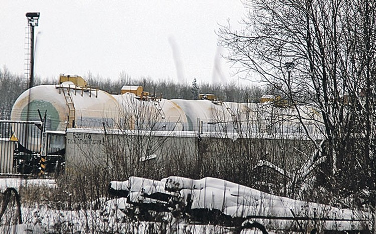 Нижнекамскнефтехим охраняют серьезно, поэтому целью неудачной атаки стала станция Соболеково, где сортируют цистерны с химической продукцией завода.