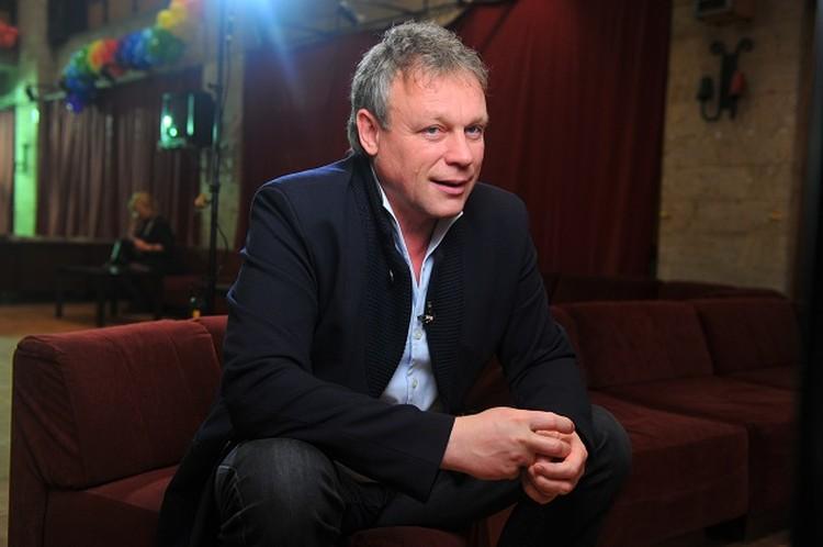 С 2002 по 2005 год Жигунов был секретарем Союза кинематографистов РФ