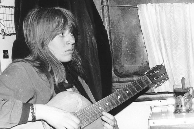 Янка Дягилева считается одним самых ярких представителей рок-андерграунда.