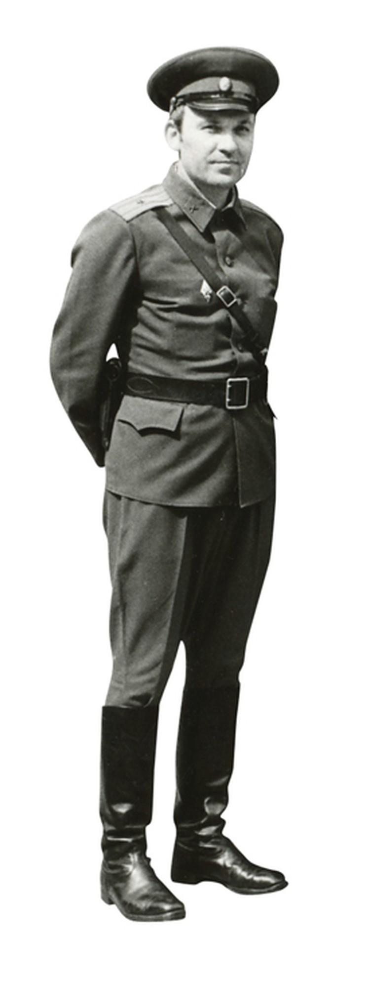 Вот таким бравым майором будущий военный обозреватель «КП» отправился на афганскую войну.