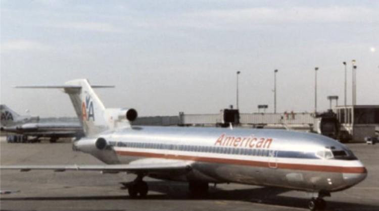 Борт № 844AA за 14 лет до его загадочного исчезновения.