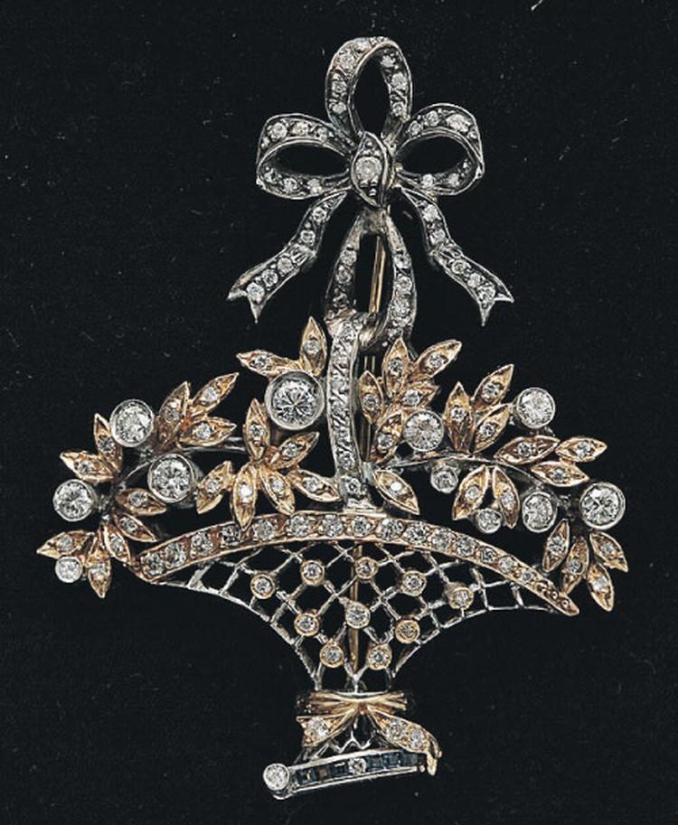 Брошь «Корзинка», бриллианты, желтое золото, белое золото.