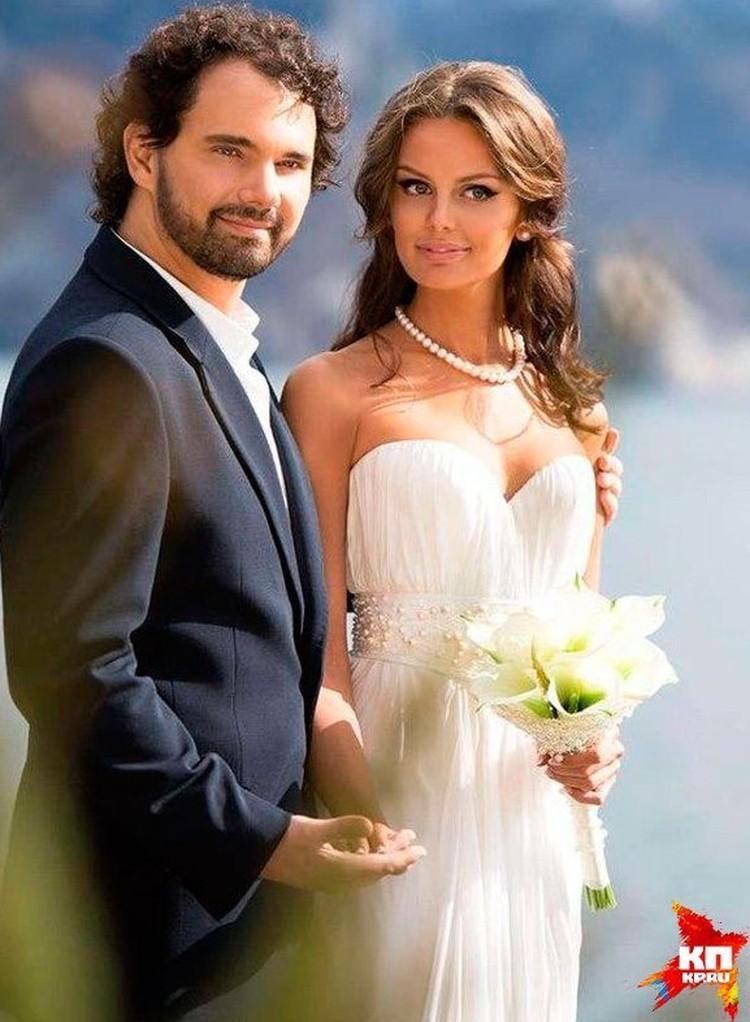 Дмитрий и Юлия казались идеальной парой