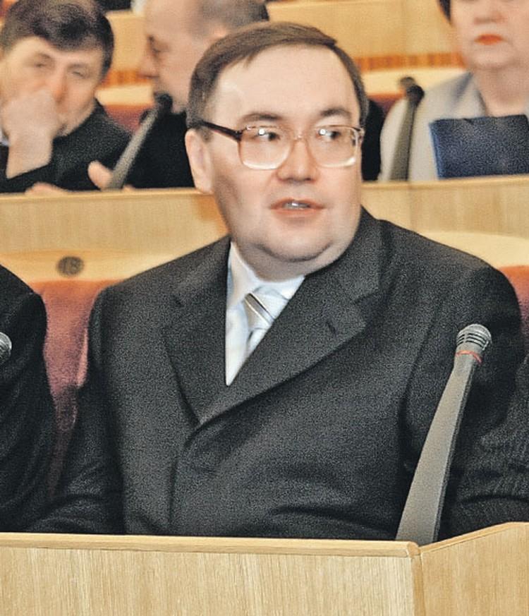Продав «Башнефть»,  Урал Рахимов  теперь живет  за границей...