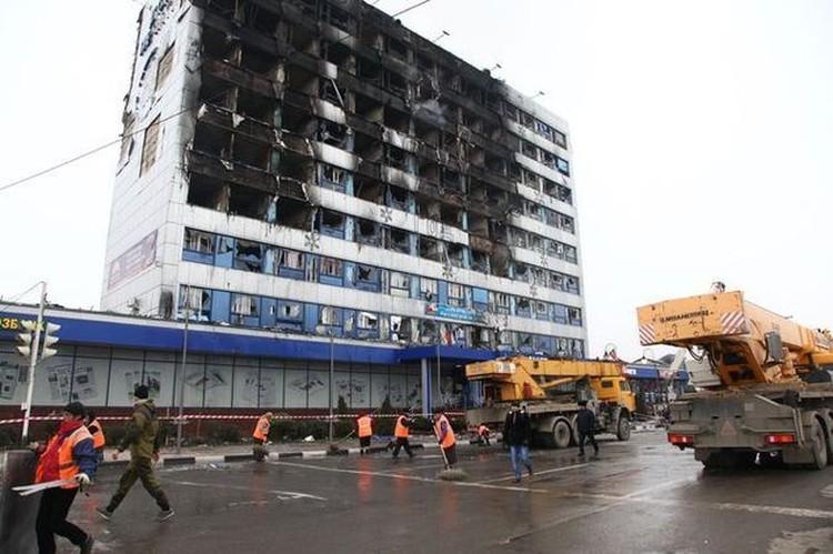 Так выглядело здание Дома печати после атаки террористов. Фото: Из архива КП
