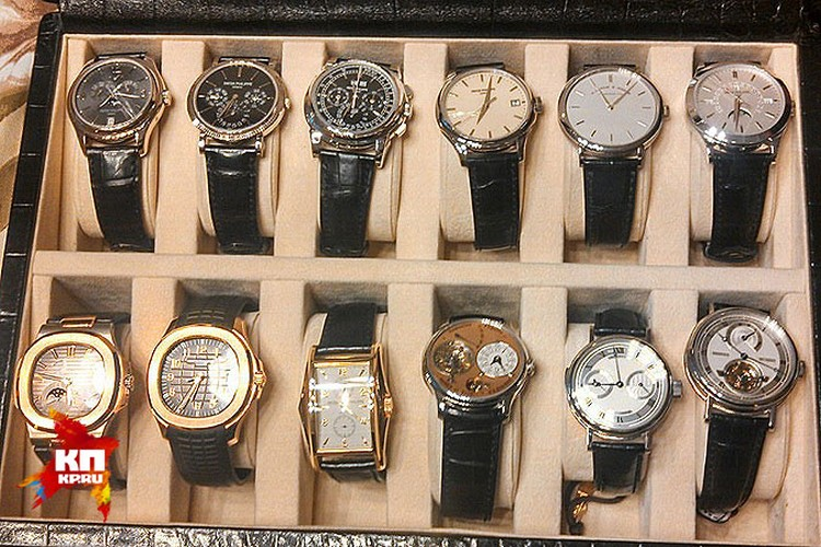 Часы, в большинстве своём, золотые. Под стать губернаторскому статусу. Фото: СК РФ