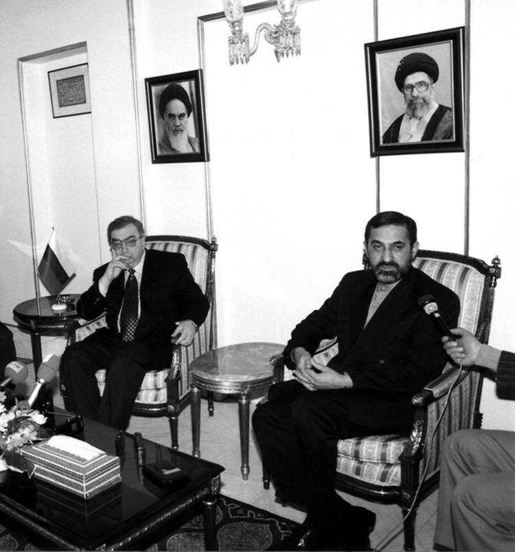 Евгений Примаков на переговорах в Тегеране. Фото: личный архив Е. Примакова.