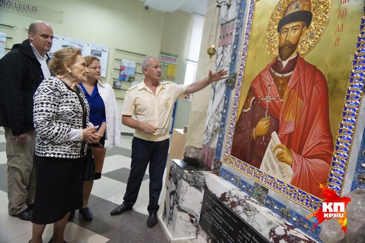 Во время Царских дней княгиня Куликовская-Романова посетила Екатеринбург, где в 1918 году коммунисты расстреляли  семью Николая II